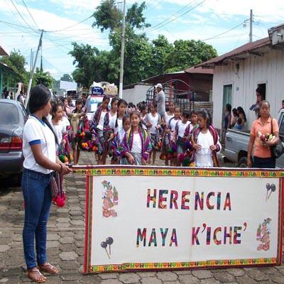 Desfile-San-Lorenzo-Suchitepequez-Guatemala