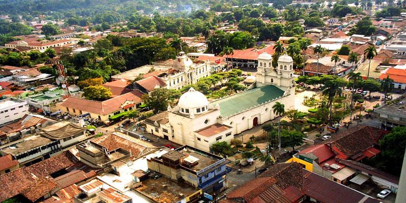 Retalhuleu-Plaza-Central-Guatemala
