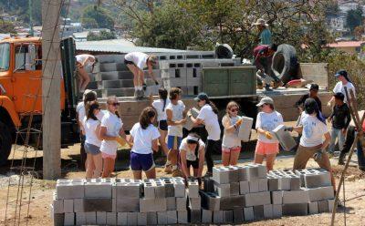 voluntariado de constru casa guatemala