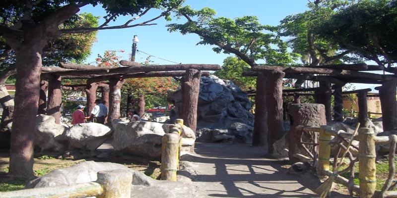 Parque-Municipalidad-San-Antonio-Suchitepequez