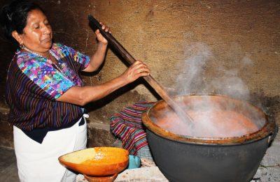 cocinado un pulique guatemalteco