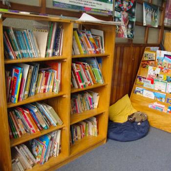 biblioteca-nacional-luis-cardoza-aragon-guatemala-sala-infantil