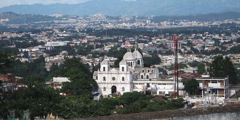 municipio-mixco-guatemala-iglesia
