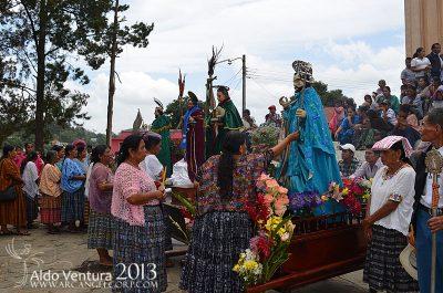 procesion de san juan chamelco