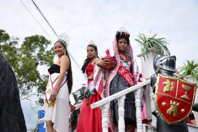 desfile inaugural de salama