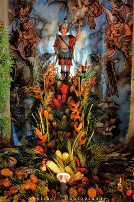 decoración de arcangel san miguel pochuta