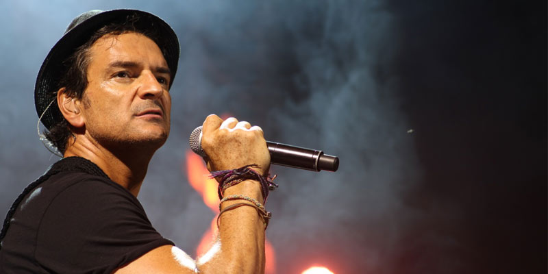 Cantante Ricardo Arjona