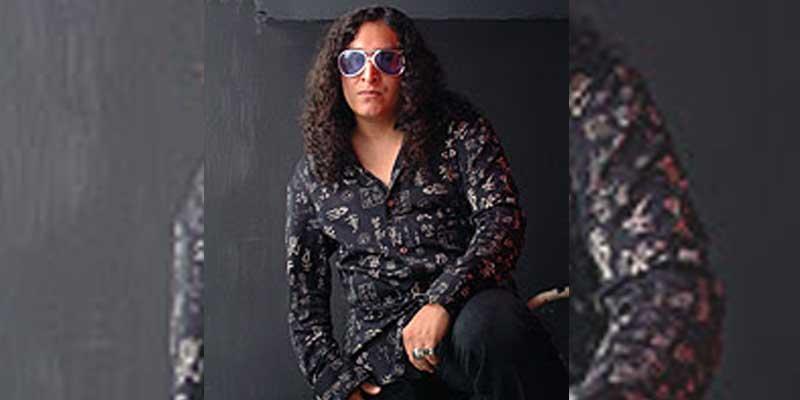 Cantante guatemalteco Ricardo Andrade