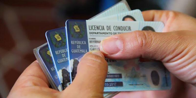 Requisitos para reposición de licencia de conducir en Guatemala