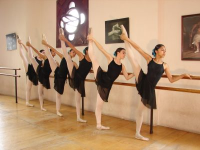 escuela municipal de danza clasica