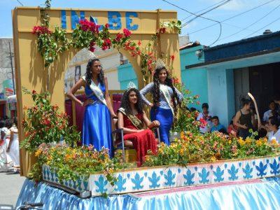 desfile inaugural de jalapa