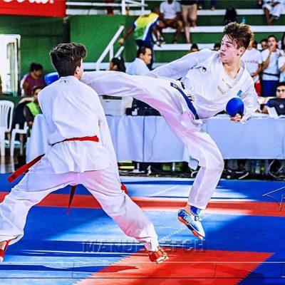Christian Wever pertenece a karate juvenil guatemalteco