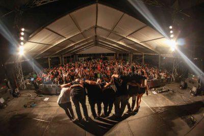 Integrantes de la banda guatemalteca Golpes