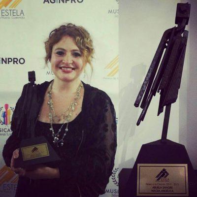 Magda Angélica ganó un premio en el Festival de la canción Punta del Este en Uruguay
