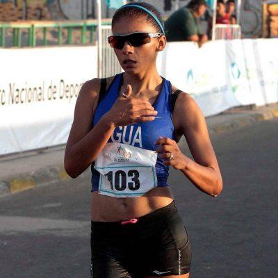 Marchista Mirna Ortiz