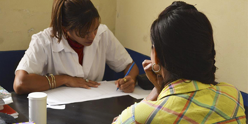 Tarjeta de salud y tarjeta de pulmones en Guatemala