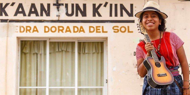 biografia-sara-curruchich-cantante-guatemalteca
