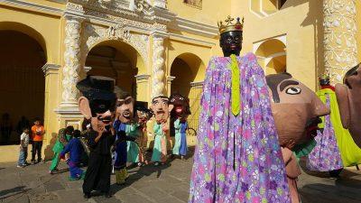 cabezones y gigantes en antigua guatemala