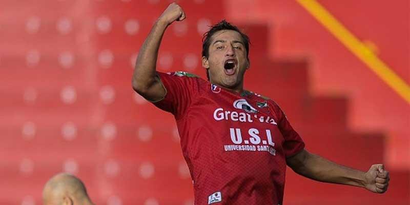 quién es el futbolista Ángelo Padilla