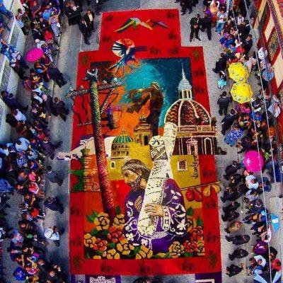 Alfombras de aserr n en semana santa aprende for El paraiso de las alfombras
