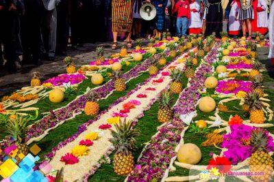 Alfombras de Semana Santa con frutas y verduras