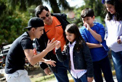 Canal de youtube de Guate Señas con Héctor