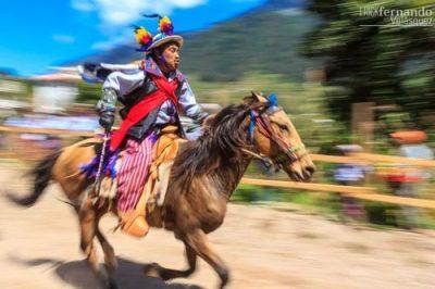 Carrera de Cintas en Todos Santos Cuchumatán, Huehuetenango