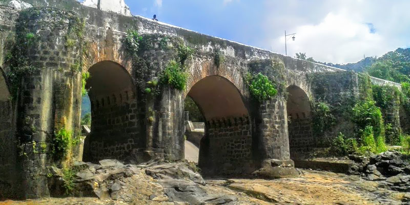 Leyenda del Puente los Esclavos