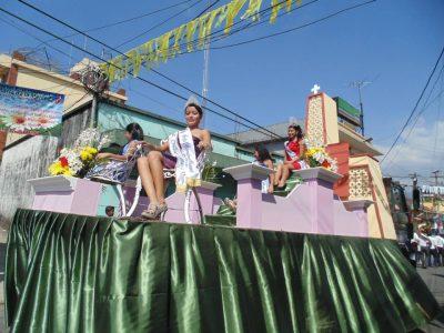 desfile de carrozas colomba