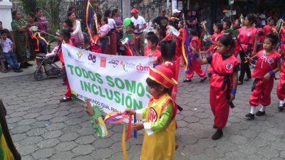 desfile feria panajachel