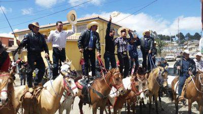 desfile hipico en sibilia quetzaltenango