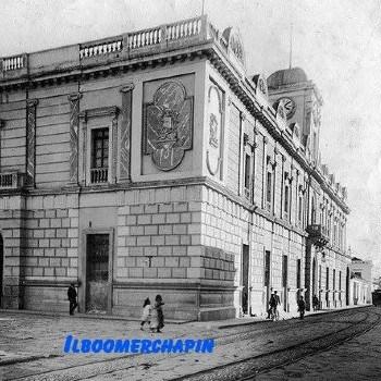 edificio-correos-telegrafos-guatemala-antigua-columnas-estilo-arquitectonica