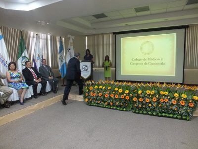 juramentacion del colegio de medicos de guatemala