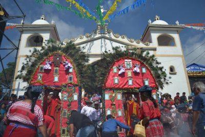procesión de san andrés semetabaj