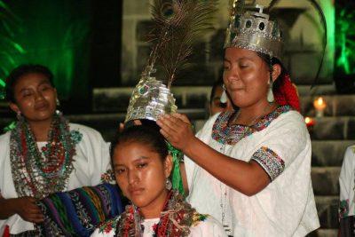 reina indigena de sayaxche