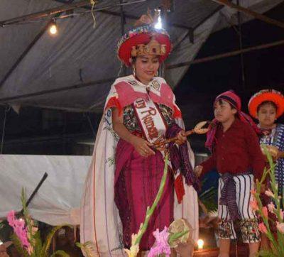 reina indígena santiago atitlan