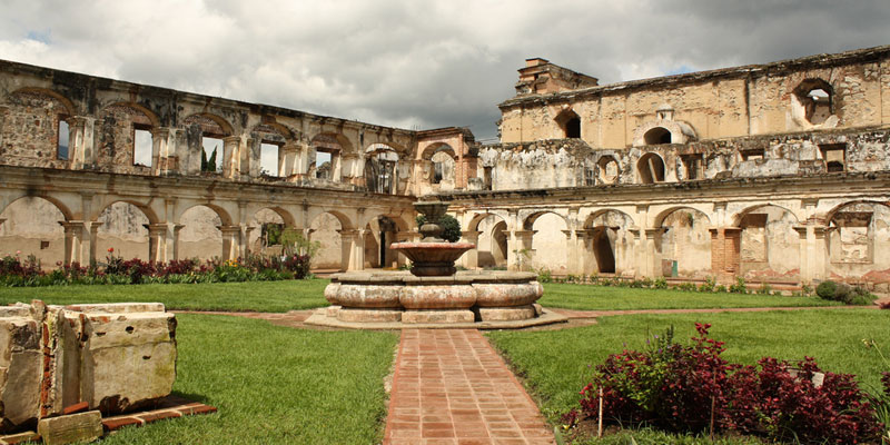 Convento de Santa Clara en La Antigua Guatemala