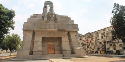 Dónde está el mausoleo de la familia Castillo en Guatemala