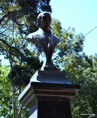 Dónde está el monumento de Guatemala a Miguel Hidalgo y Costilla