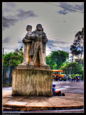 Monumento Tríptico de la Revolución en Guatemala