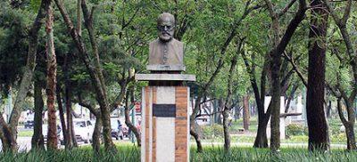 Monumento a Antonio José Irrisarri en Guatemala