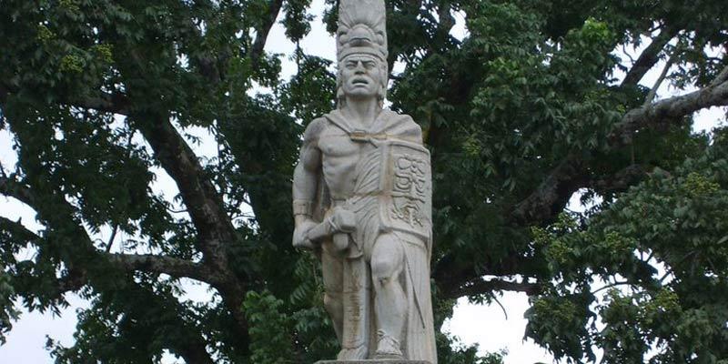 Monumento a Tecún Umán en Guatemala