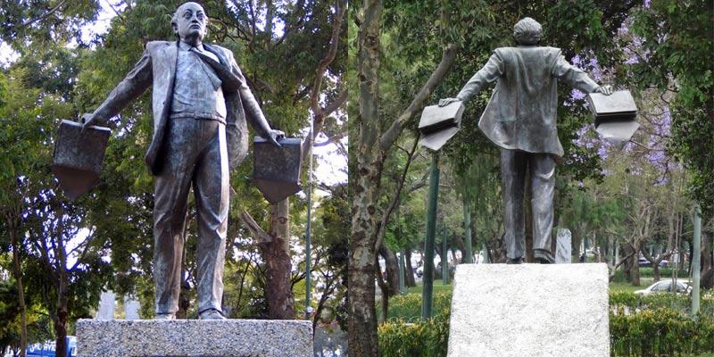 Monumento al escritor Miguel Ángel Asturias en Guatemala