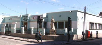 Monumento en Guatemala a Dolores Bedoya de Molina