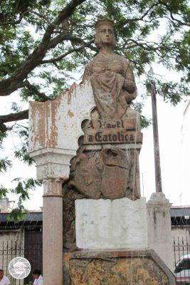 Monumento en Guatemala a Isabel la Católica