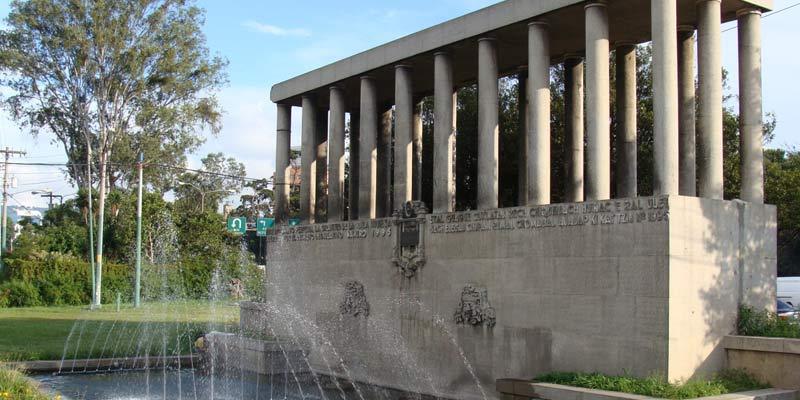 Monumento en Guatemala a la Raza Indígena
