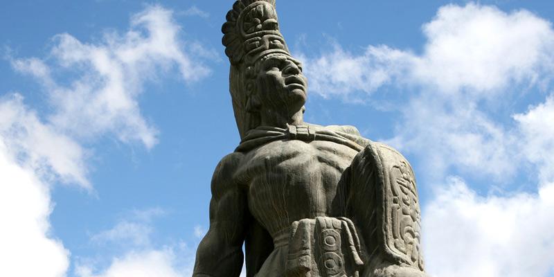 Príncipe Quiché Tecún Umán Héroe Nacional de Guatemala