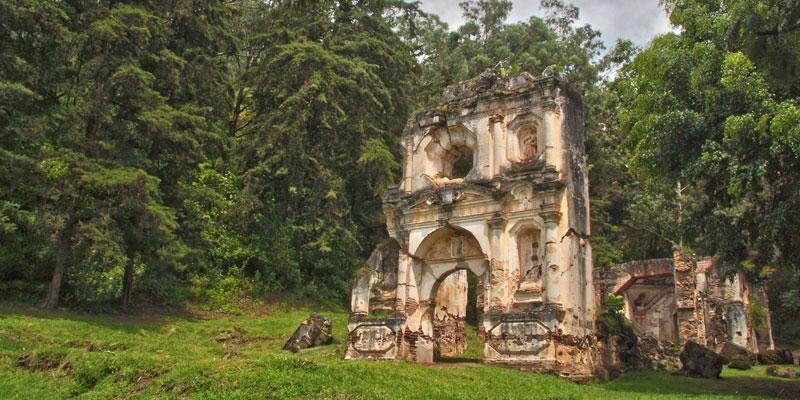 Ruinas de la Ermita de los Dolores en La Antigua Guatemala