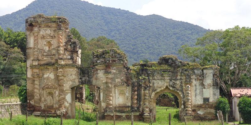Ruinas de la Iglesia de Candelaria en La Antigua Guatemala