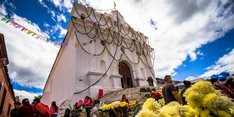 iglesia parroquial de santo tomas en chichicastenango
